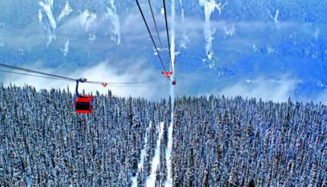 Подъемник Peak 2 Peak в Канаде
