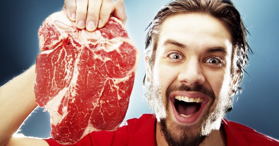 В красном мясе полно жизненно важных витаминов. Ура, товарищи-мясоеды!