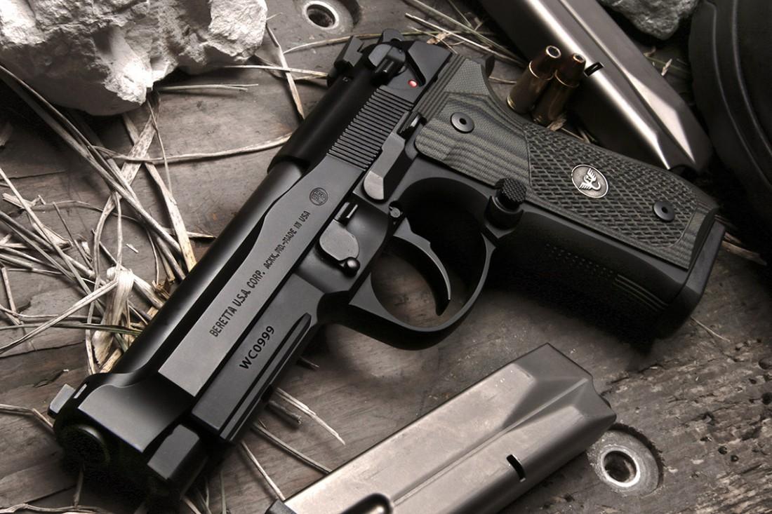 Beretta 92. Не шуточное изобретение, которое тоже заставит молчать любого