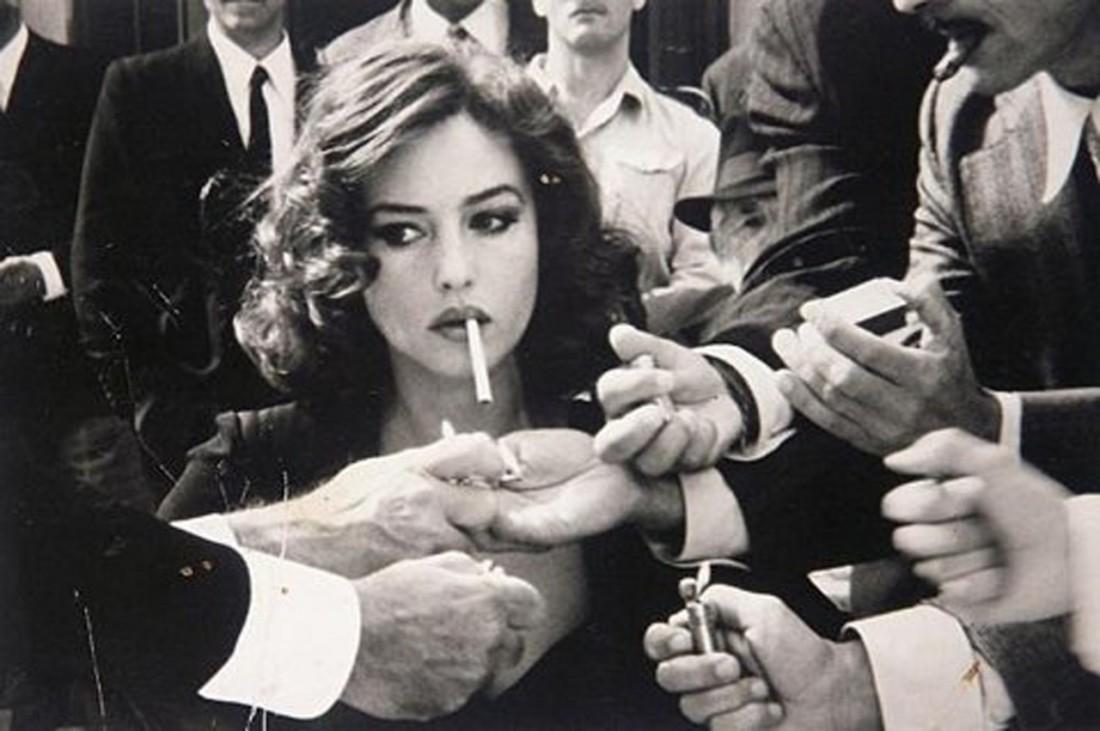 Поджечь даме сигарету — долг каждого джентльмена