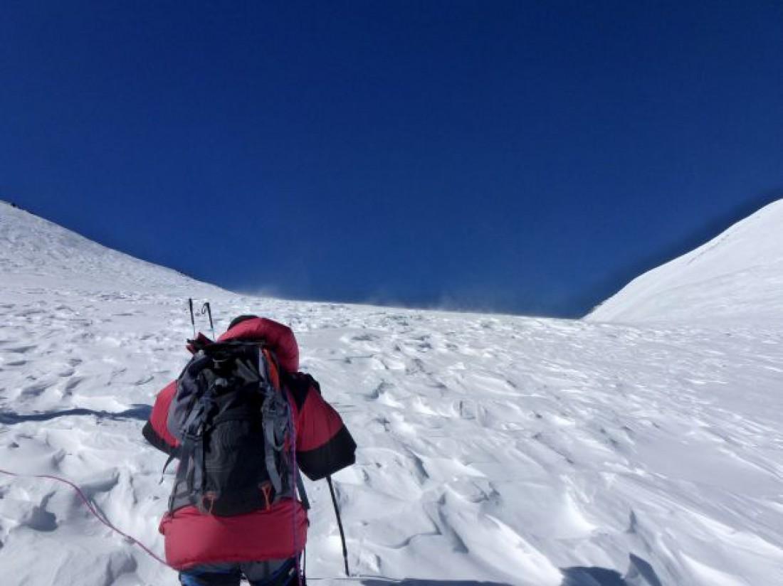 Эльбрус — стратовулкан на Кавказе — самая высокая горная вершина Европы, входящая в список высочайших вершин планеты. Список так и называется: «Семь вершин»
