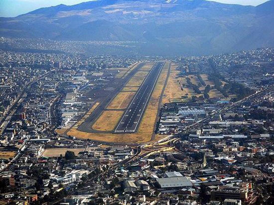 Международный аэропорт Олд Марискал Сукре закрыли из-за плохого покрытия ВПП