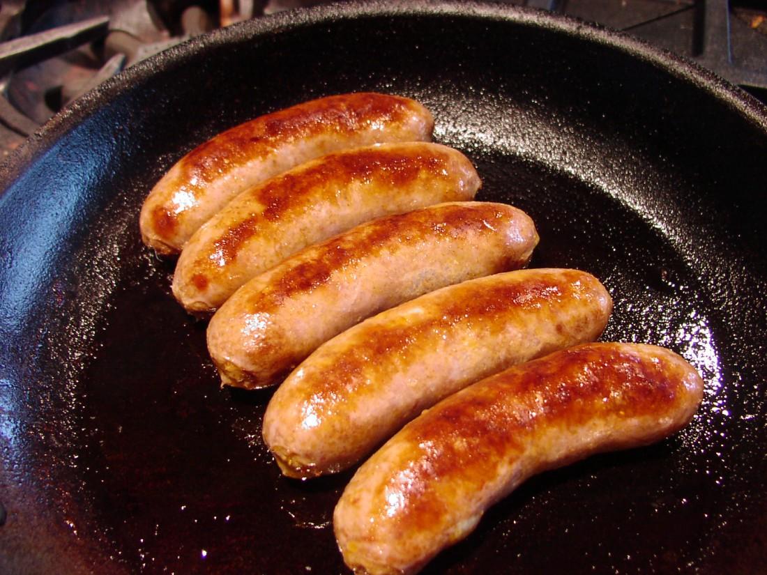 рецепты приготовления жареных домашних колбасок