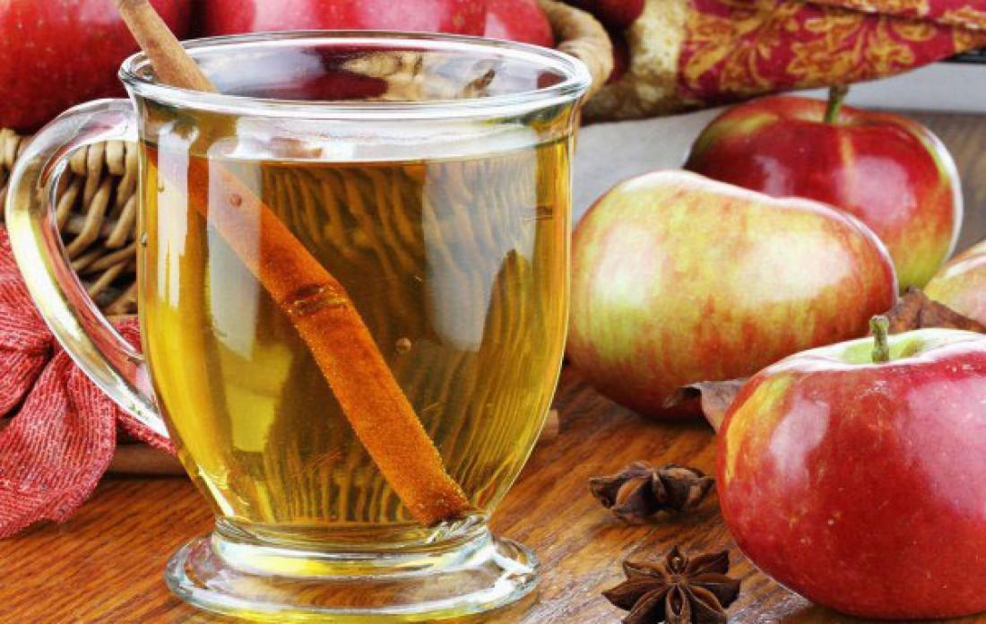 Напиток с корицей и яблоком