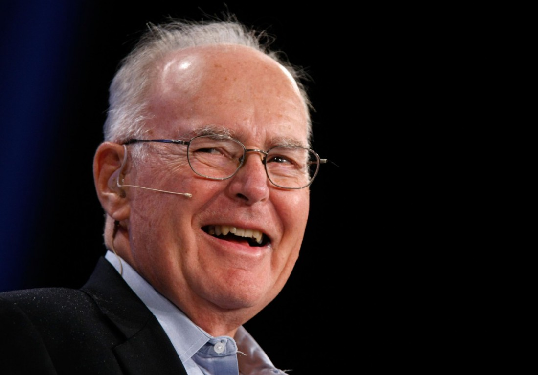 Гордон Мур — почетный председатель совета директоров и основатель корпорации Intel, автор