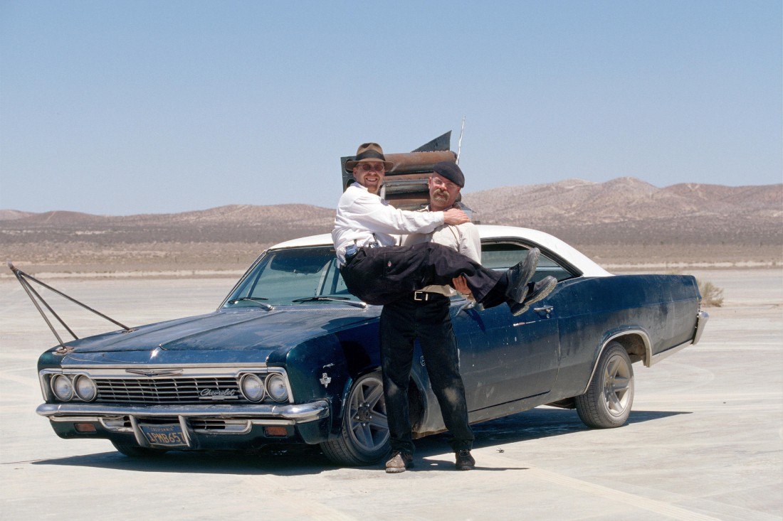 Два смельчака, которые ни во что не верят. В том числе и в летающие Impala