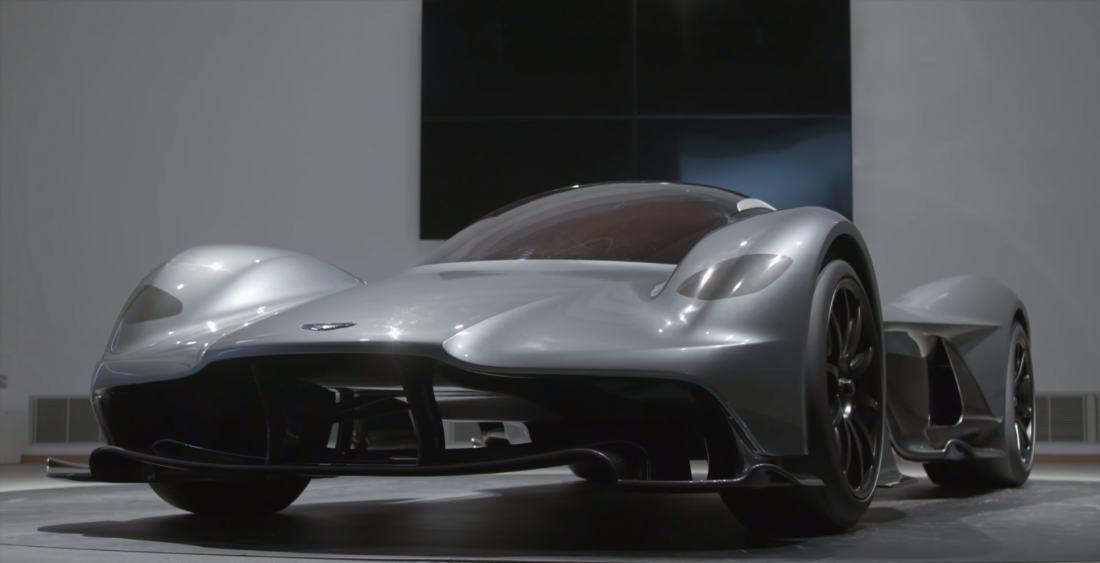 До 320 км / час Aston Martin AM-RB 001 разгоняется за 10 секунд