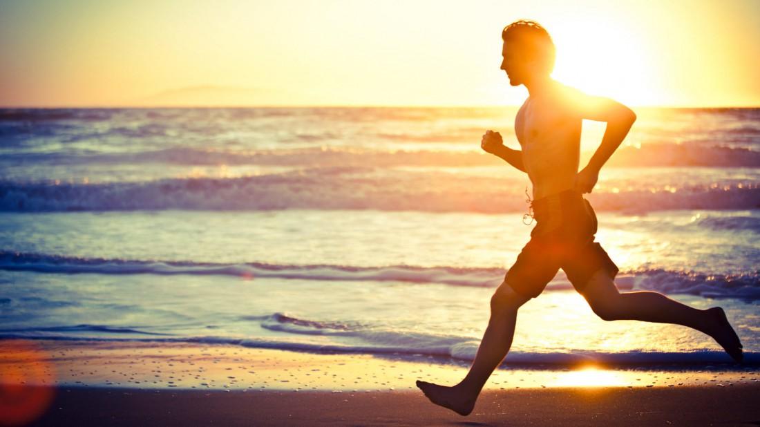 Начинай день с утренней пробежки — это придаст энергии и сил
