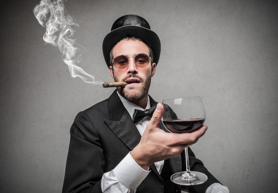 А каким спиртным обычно упиваешься ты?