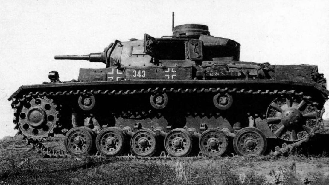 T-III. Танк, на шасси которого Советы потом начали строить САУ разного назначения