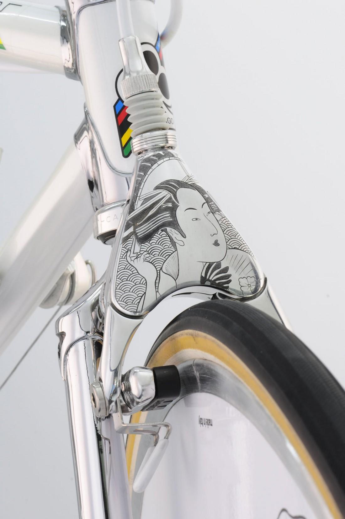 Передний V-Brake, заделанный в японском стиле