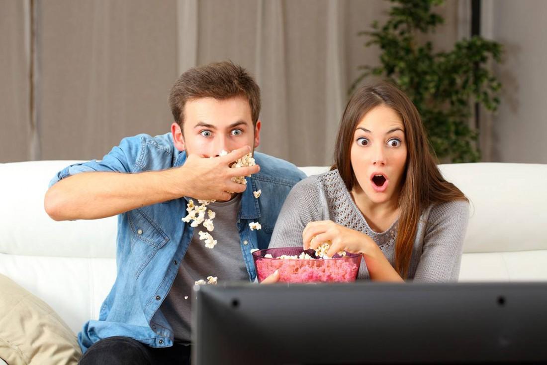 Брак укрепляет не только просмотр ТВ, но и совместное обжорство