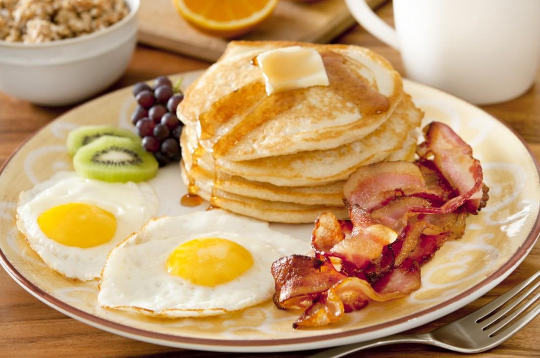 Завтракай здоровой и правильной пищей