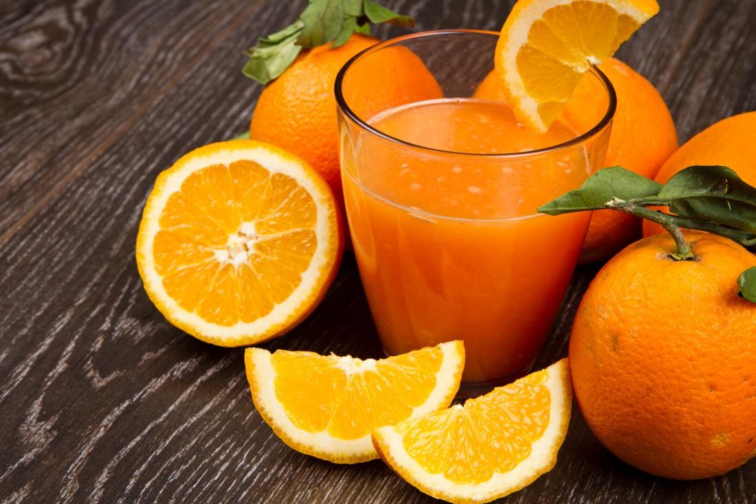 Пей апельсиновый фреш — в нем тоже есть кальций
