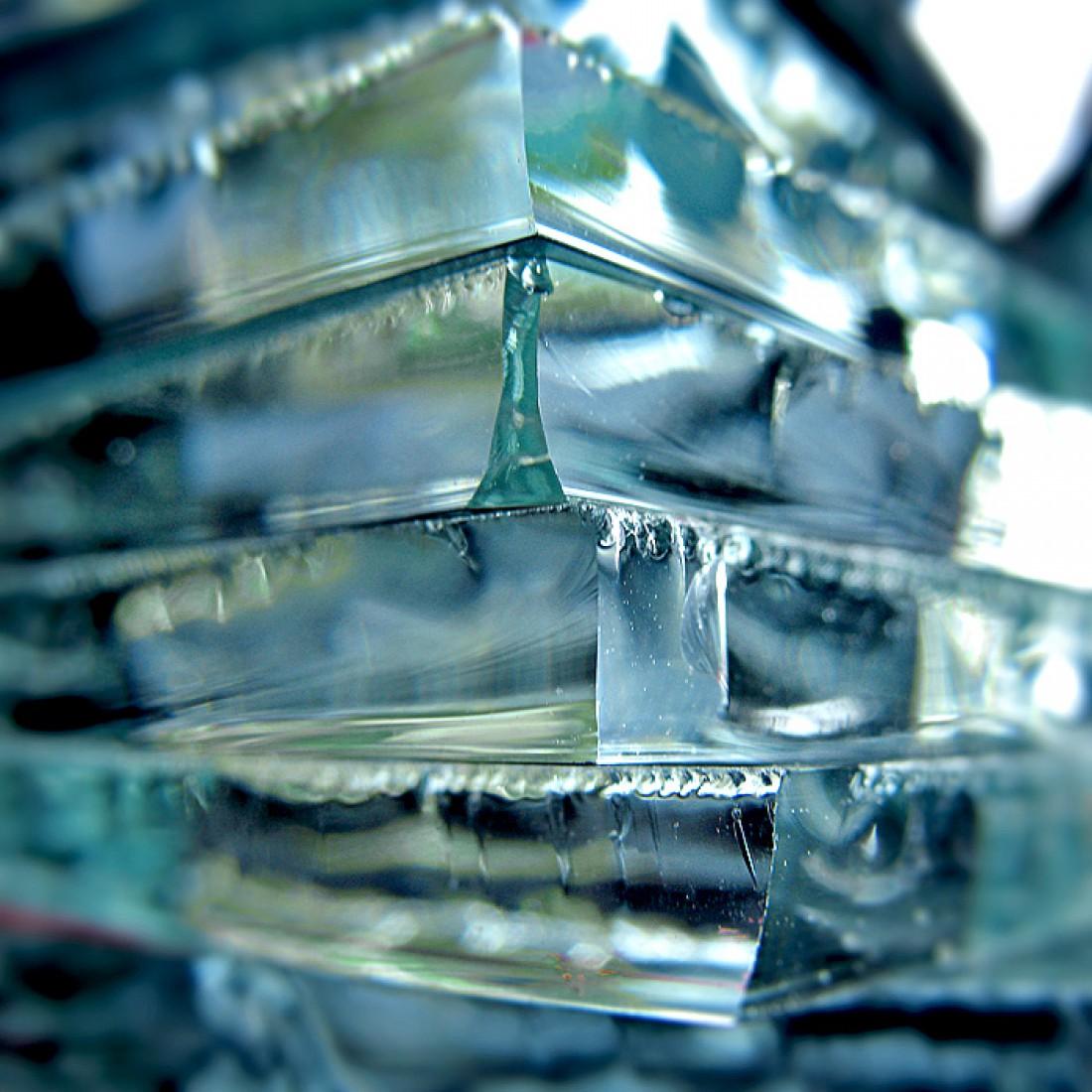 Скоро на замену стеклу придет небьющийся прозрачный оксид алюминия