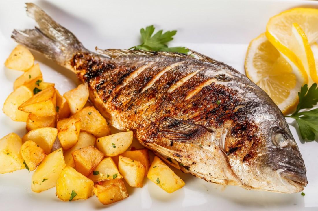Хочешь быстро похудеть? Ужинай рыбой, а не мясом