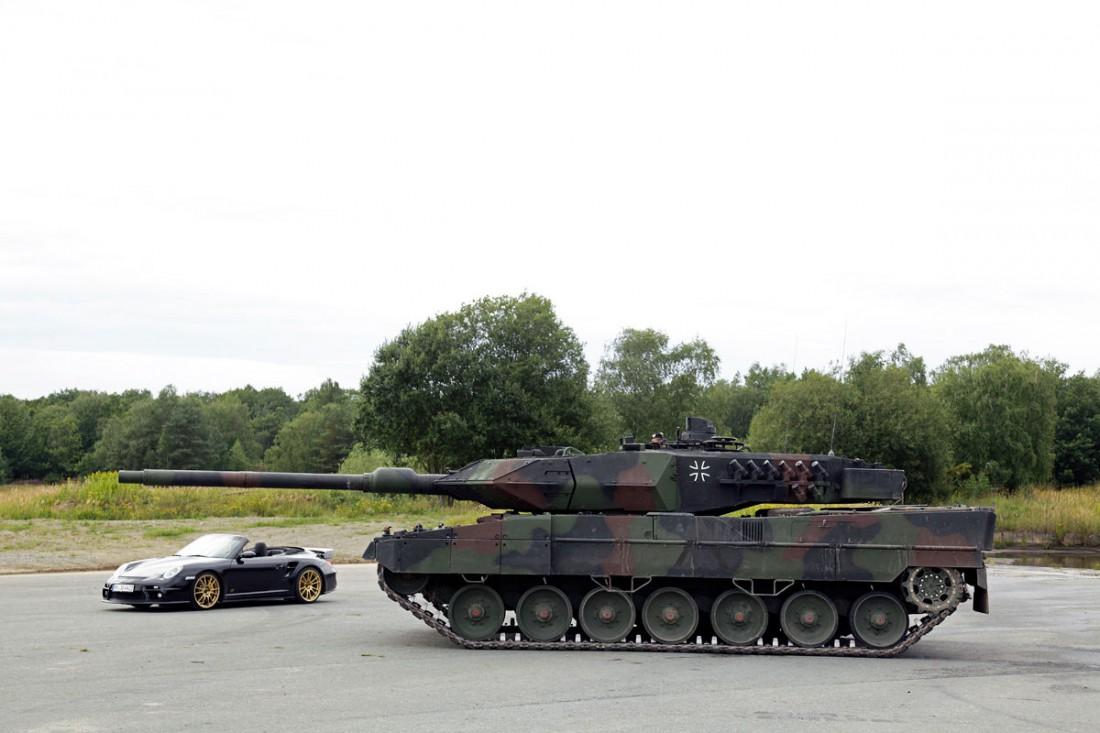 Leopard 2 и Porsche 9ff GTronic