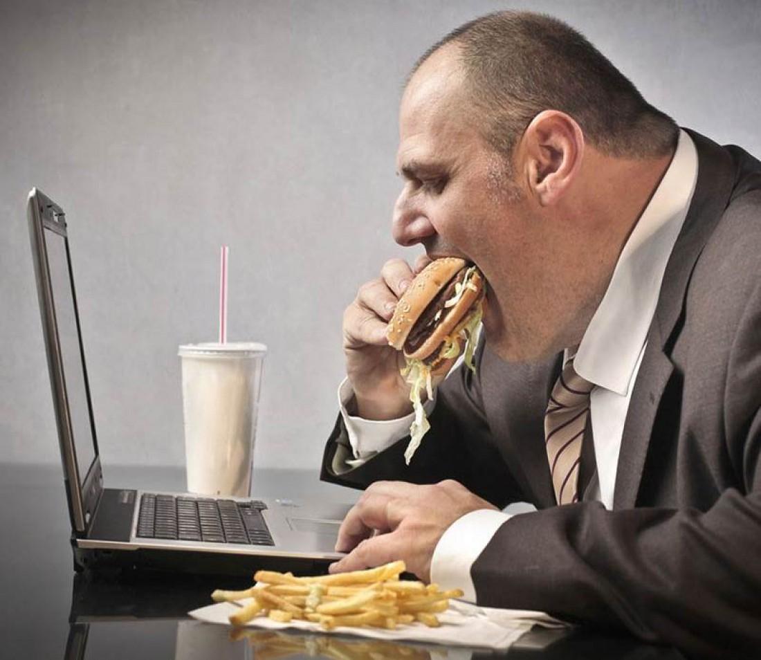 Как не толстеть на сидячей работе — ешь меньше. Ешь только здоровое