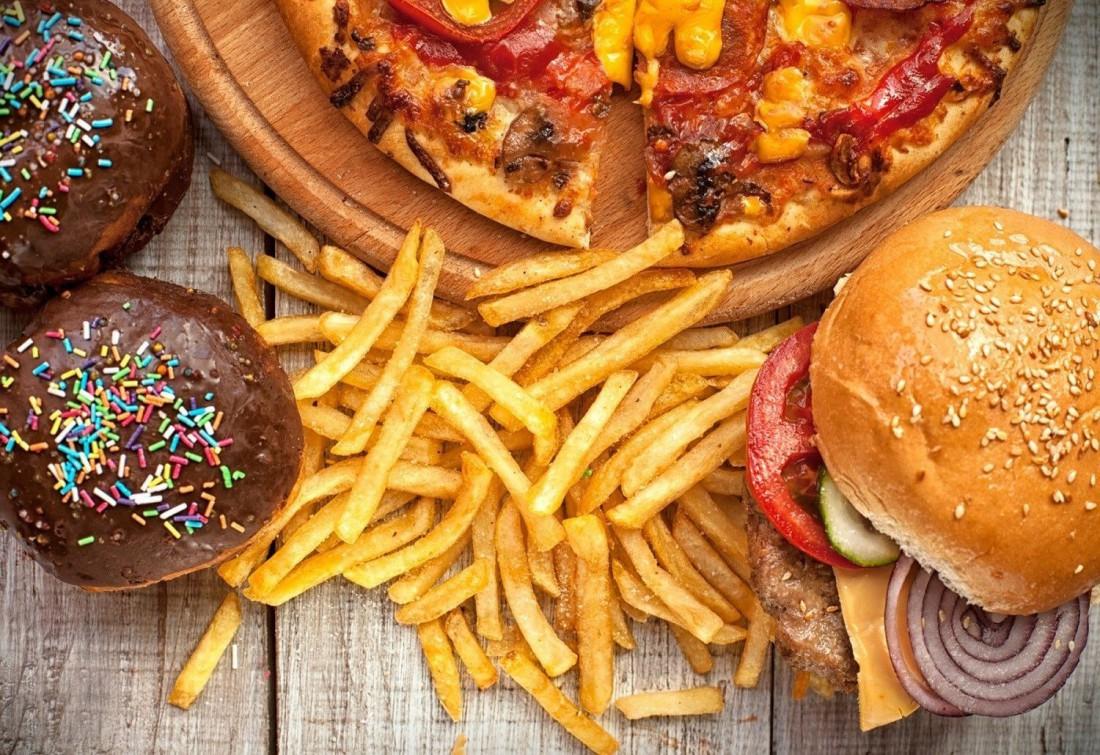 Фастфуды, картошка, мучное и сладкое — все это до добра не доведет