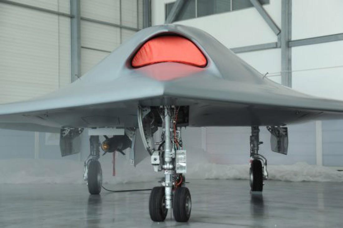 nEUROn будет вооружен двумя управляемыми бомбами весом по 230 кг