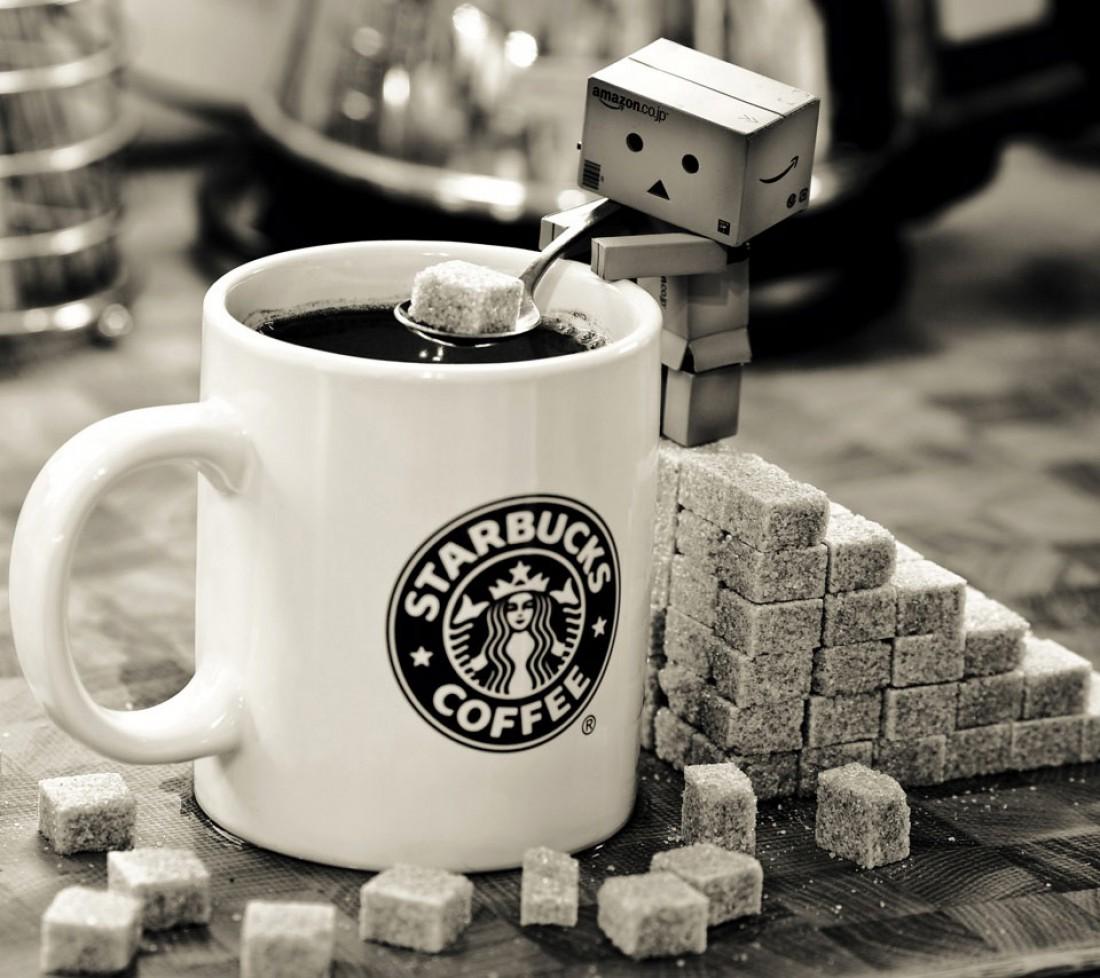Лайла Гамбари уверена: Starbucks — это кофе-бобы и галлоны сахара
