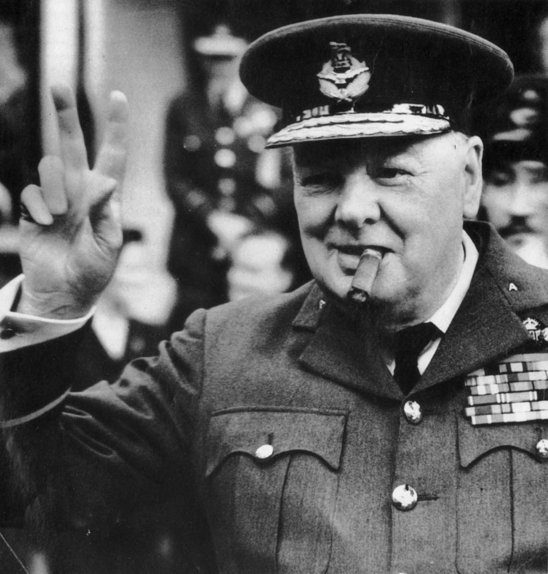 Уинстон Черчилль всегда любил и пил крепкое спиртное