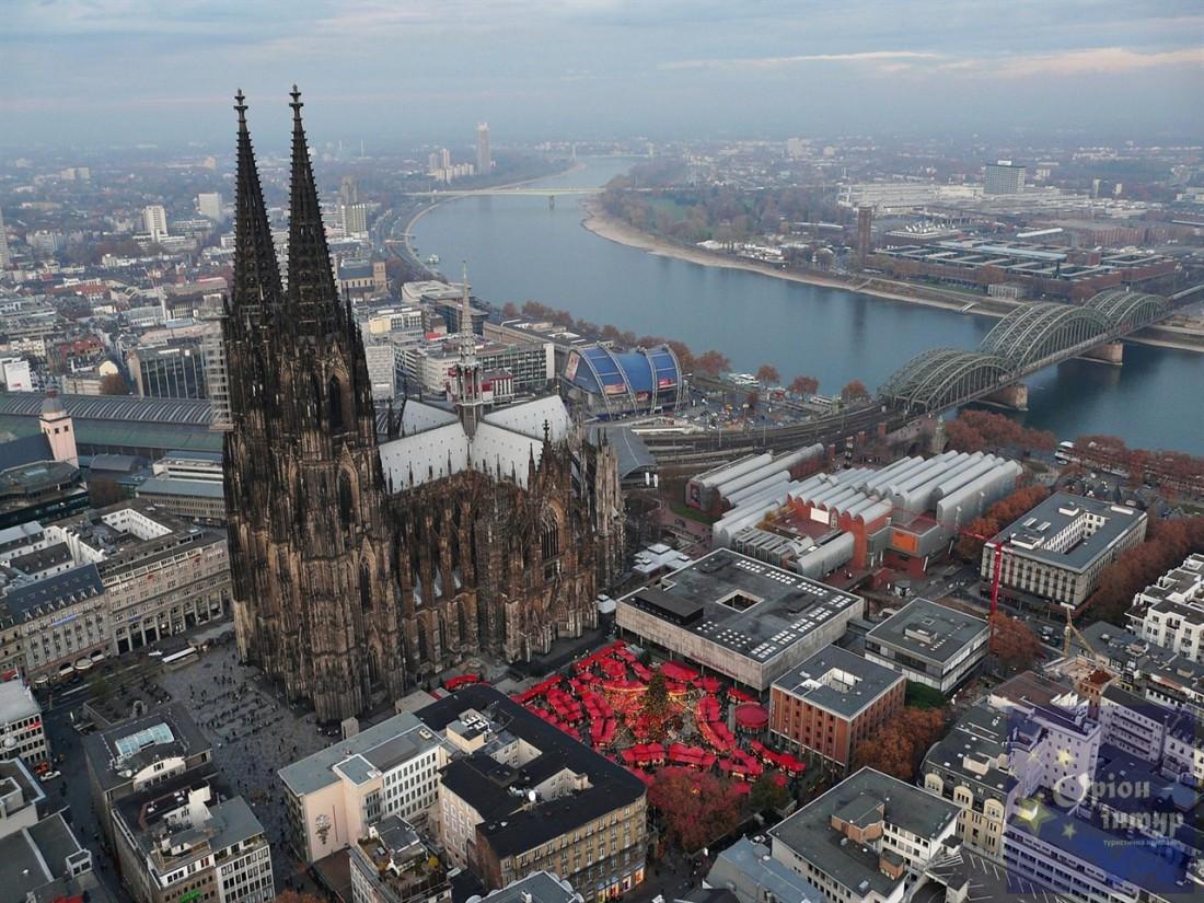 Кельн — старейший город Германии. Славится архитектурой и вкусным пивом