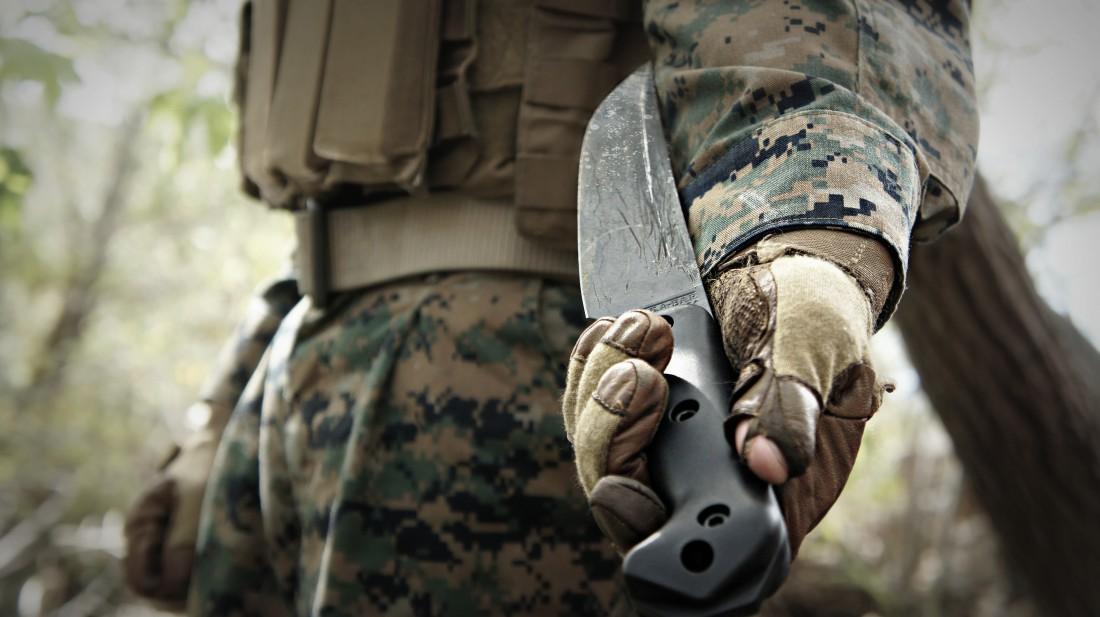 А каким ножом привык и пользуешься ты?