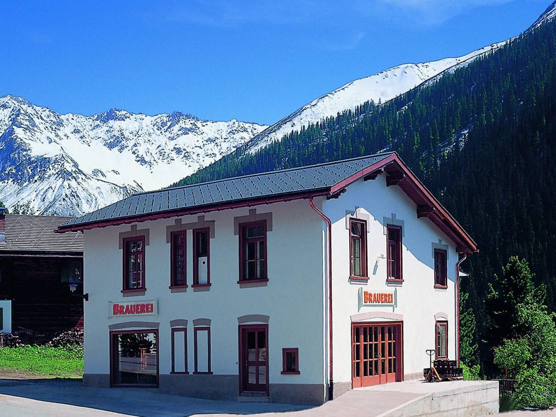 BierVision Monstein Brewery находится высоко в Альпах