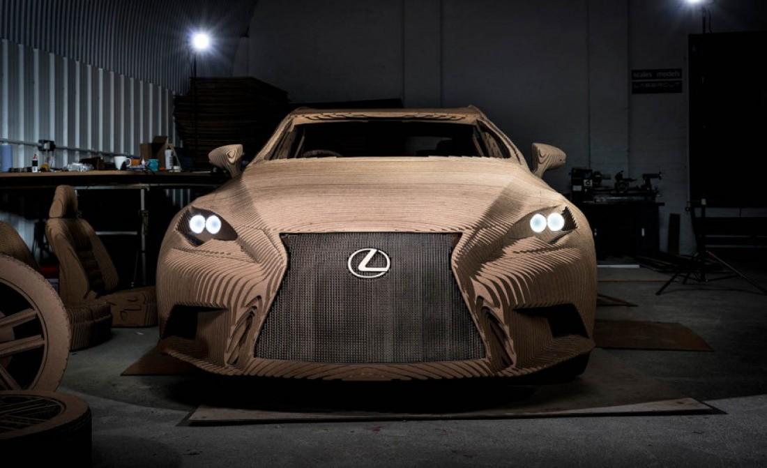 Японцы презентовали картонный Lexus IS
