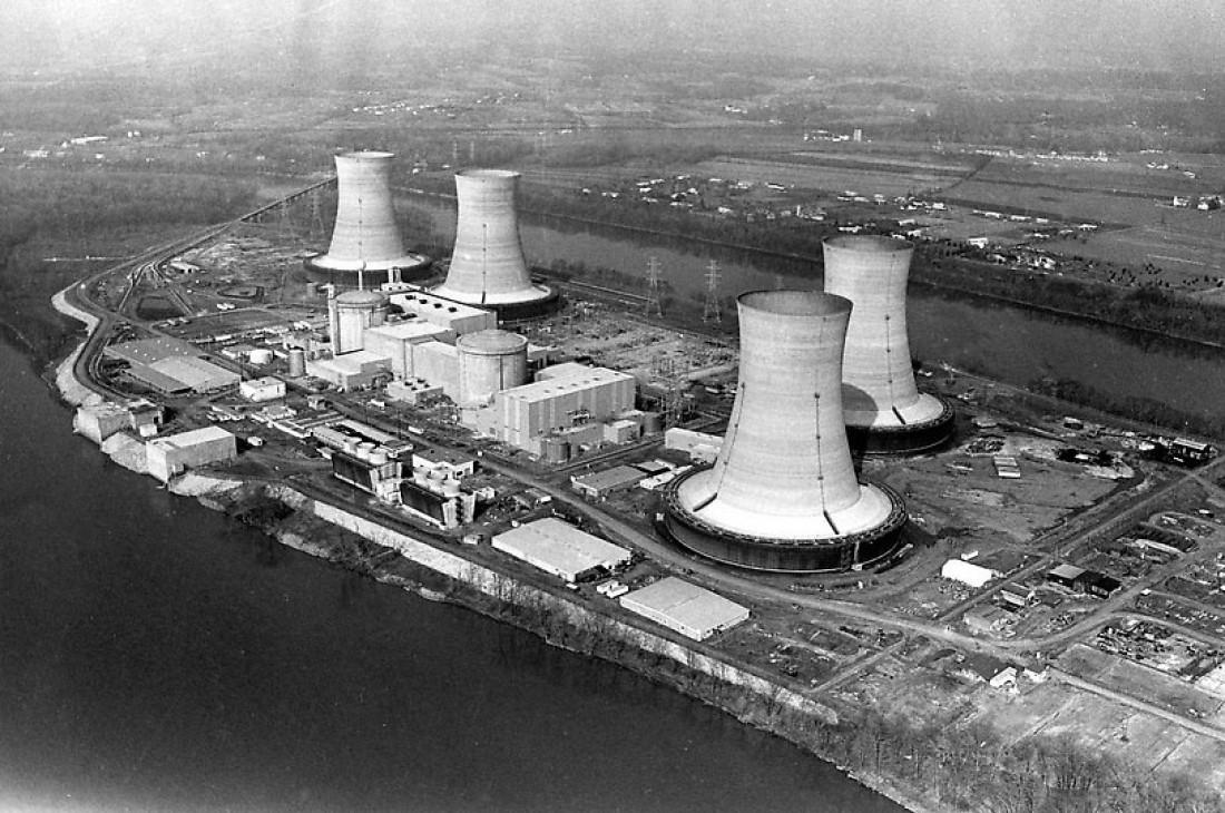 АЭС Три-Майл-Айленд. Вид из воздуха