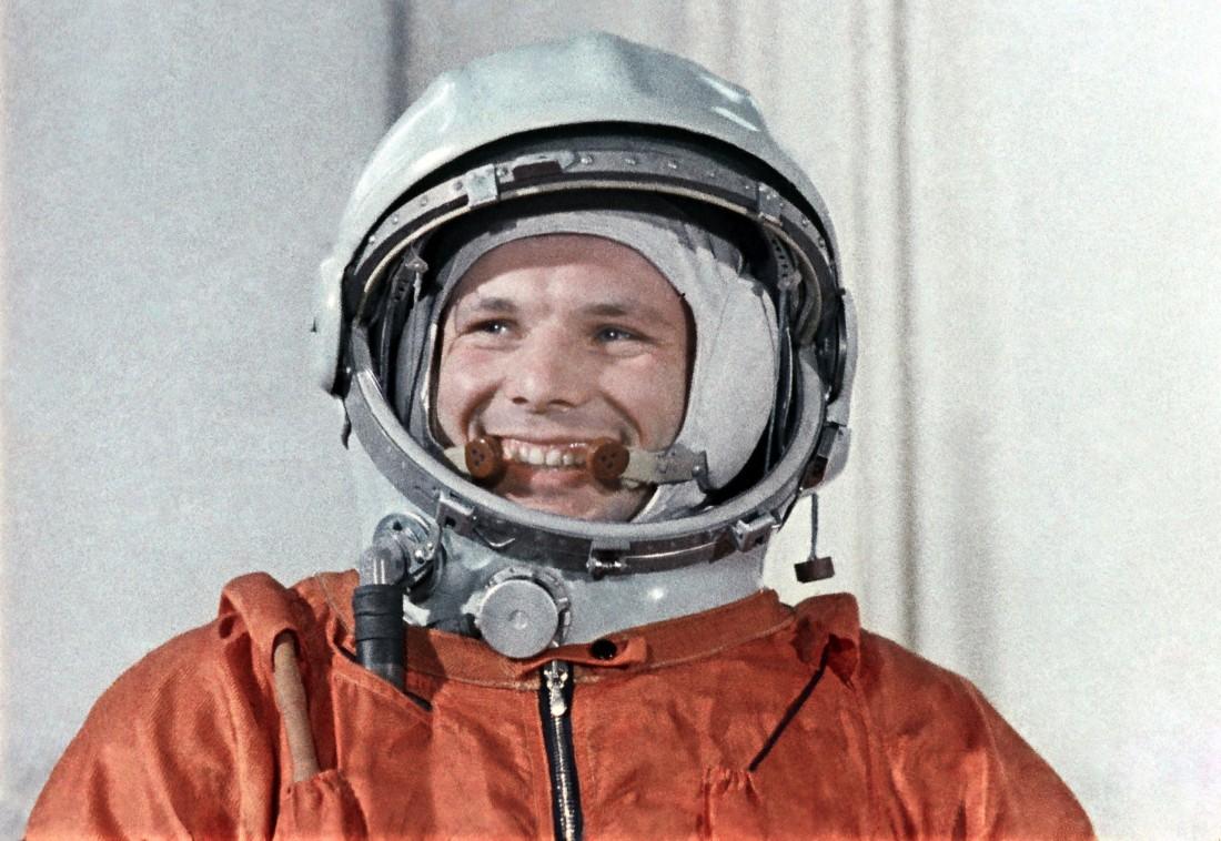 А был ли Юрий Гагарин первым человеком, кто побывал в космосе?