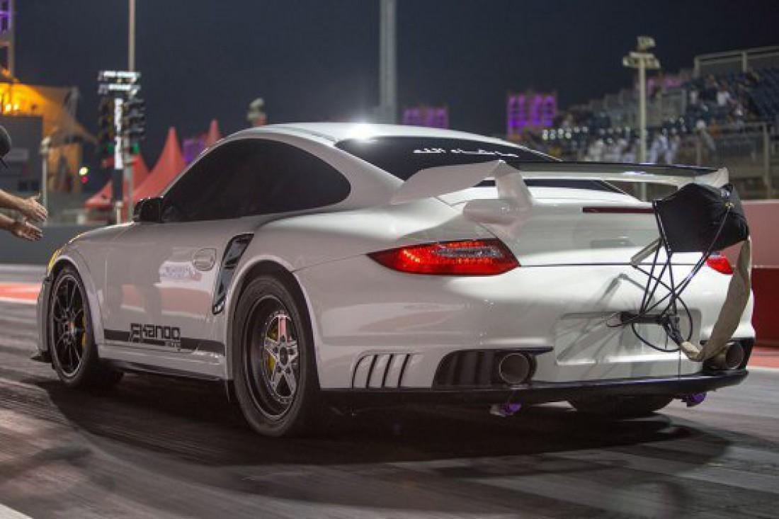 Прокачанный турками Esmotor 911 GT2. Пролетает 402 метра за 8 секунд