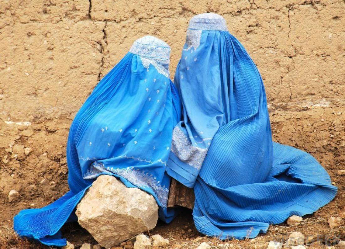 В Афганистане все дамы прячутся под толстым слоем жира и одежды