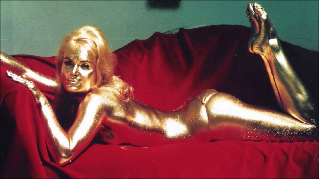 Как умереть дорого, красиво и мучительно — покрась себя краской из золота