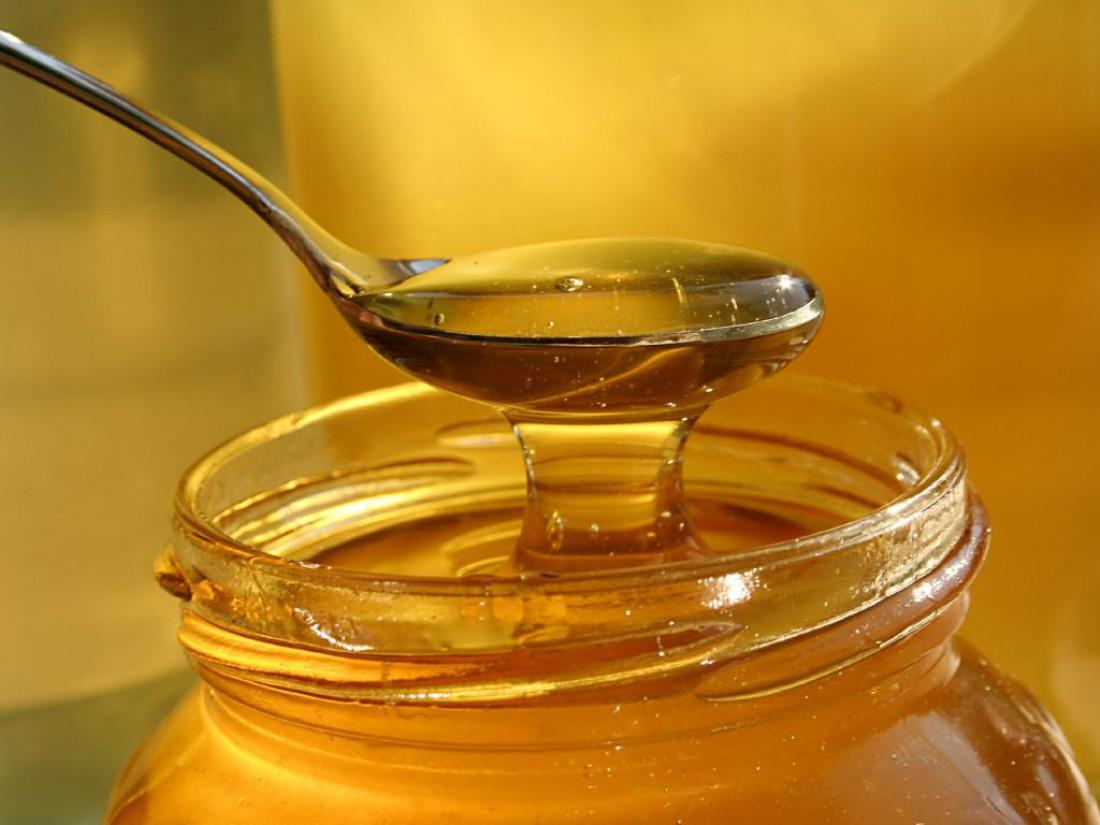 Мед — самый полезный сироп к твоим блинам на Масленицу 2017