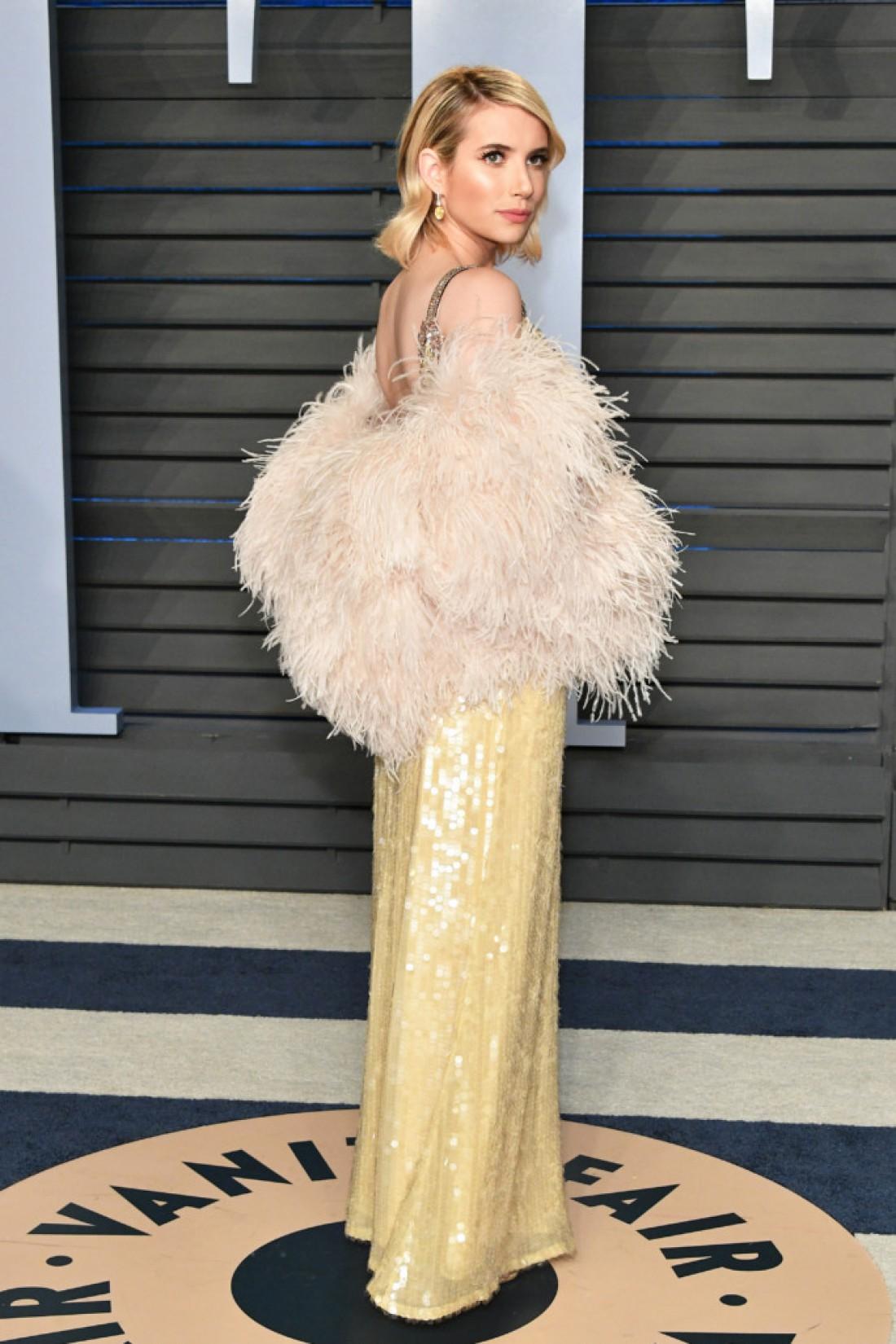 Эмма Робертс в платье Prada