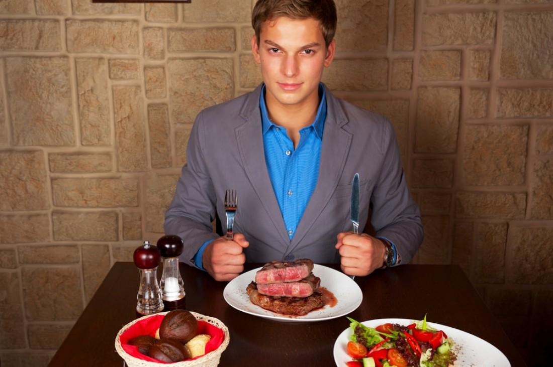 Мясо снимает усталость и прибавляет в массе
