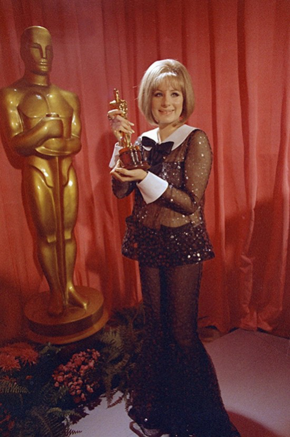 Барбара Стрейзанд на церемонии «Оскар», 1969 год