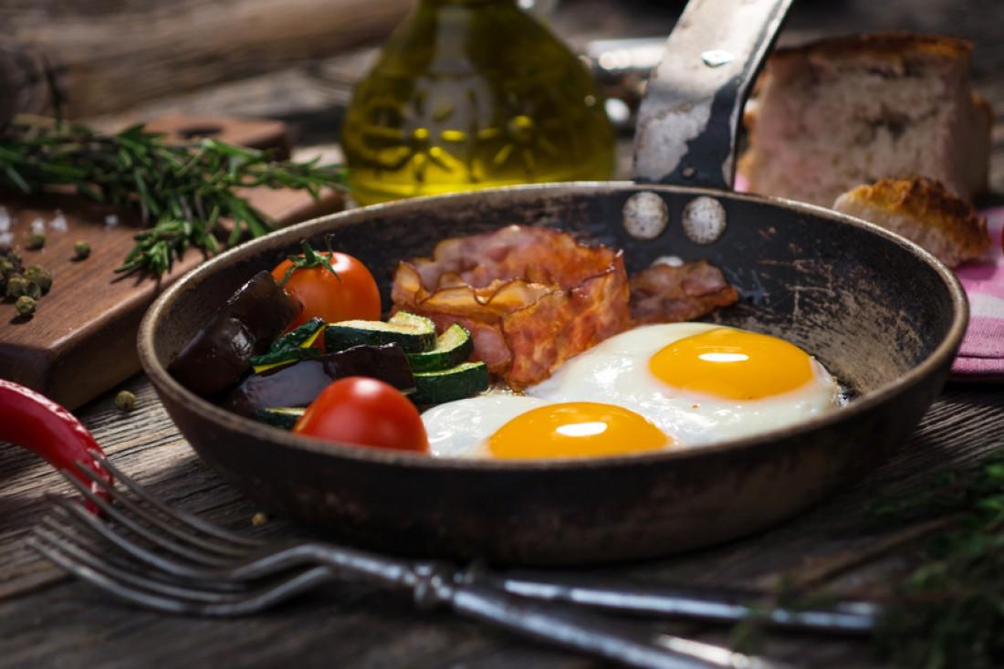 Яйца и бекон — мужской завтрак №1