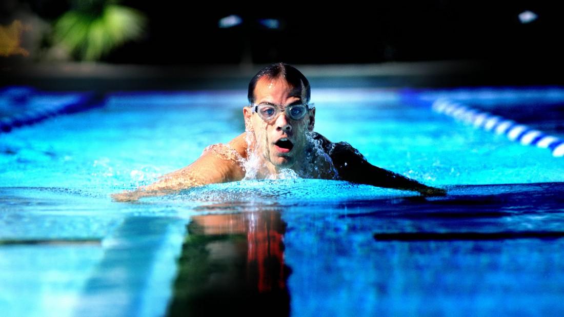 Мужик — не мужик, если не умеет плавать
