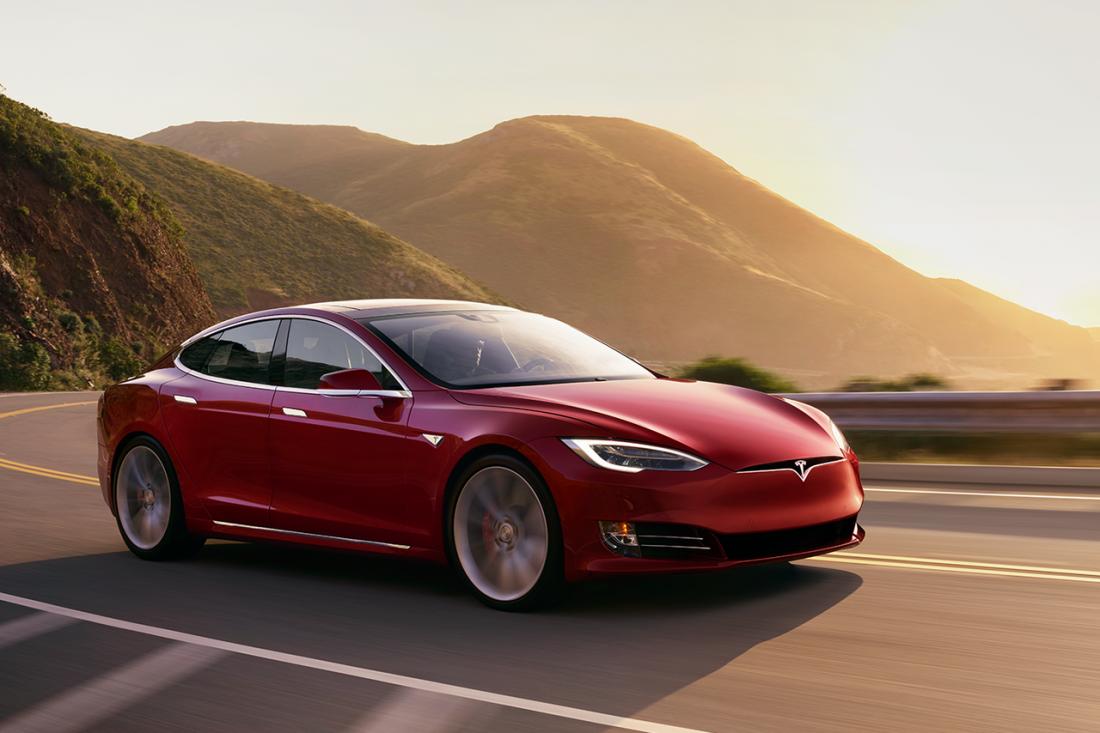 Model S P100D — один из самых быстрых автомобилей в мире