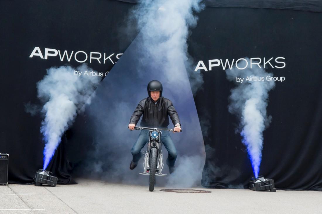 Light Rider разгоняется до 80 км/час