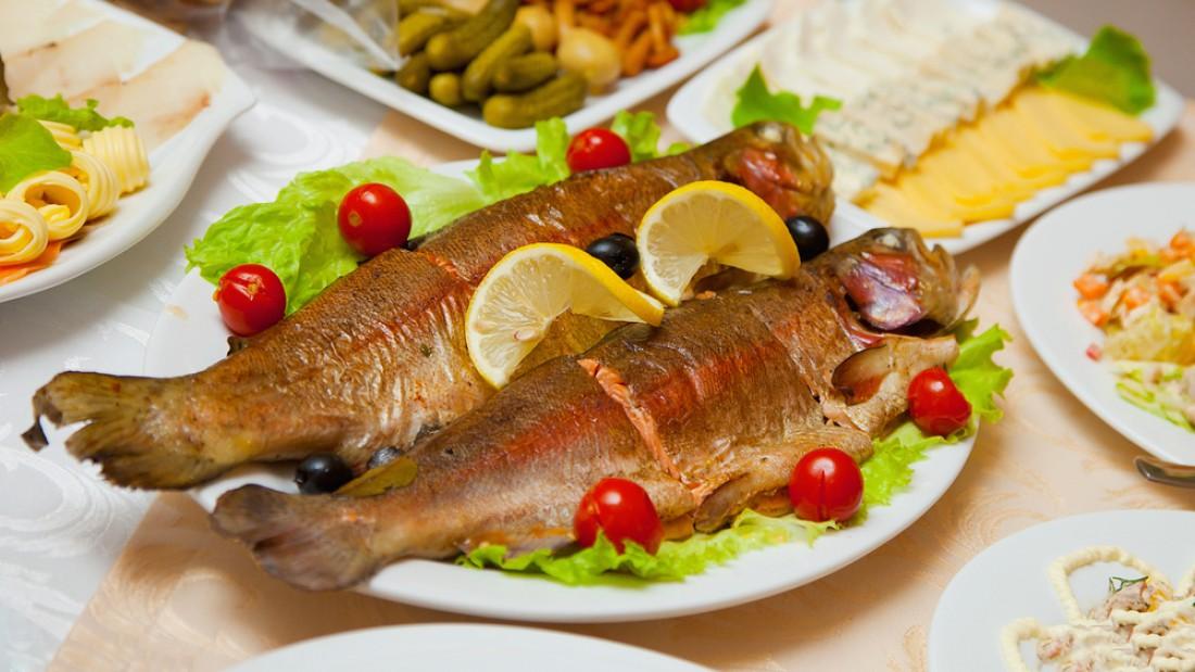 Ешь рыбу — это источник незаменимых полезных макро- и микроэлементов