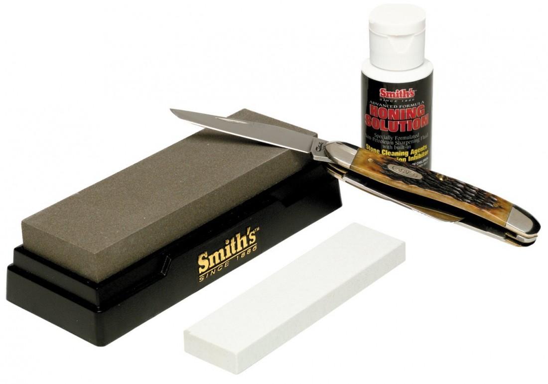 А в твоем доме есть аксессуары для ухаживания за ножом?