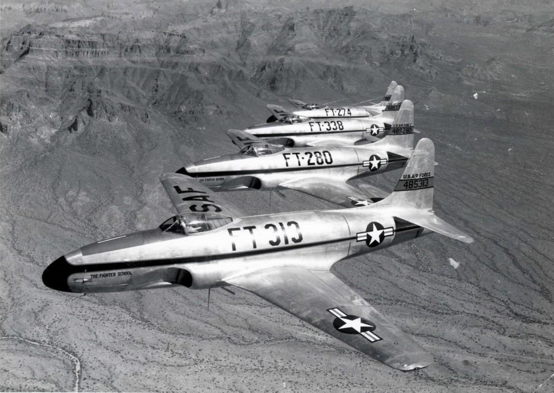 F-80C Shooting Star. Один из них подбит легендарным Т-34-85