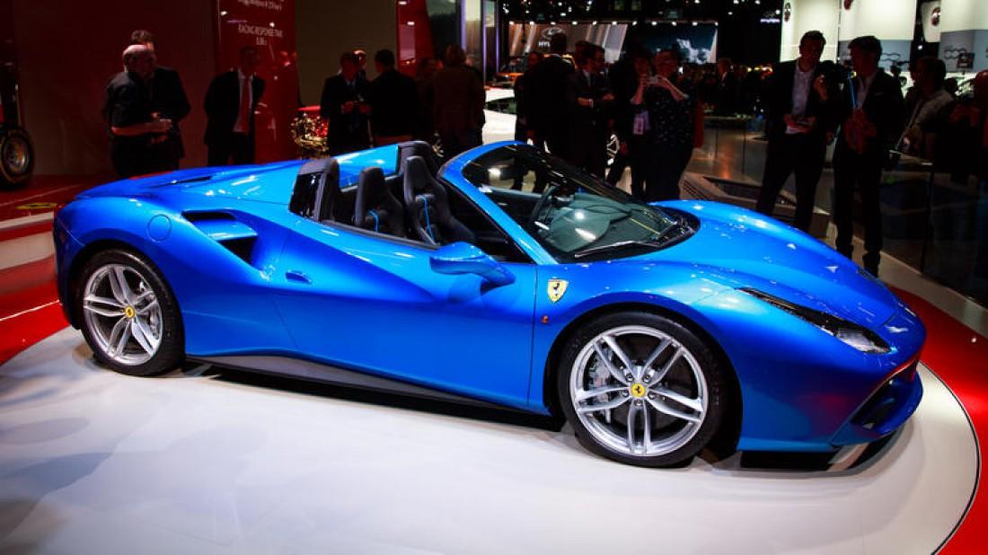 №5. Ferrari 488 Spider 2016 — $275 тысяч