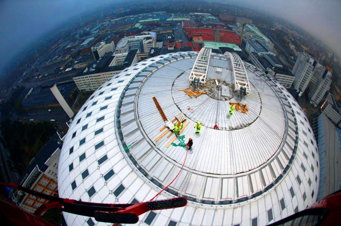 SkyView — дорога на Ericsson Globe, самое высокое в мире сферическое здание