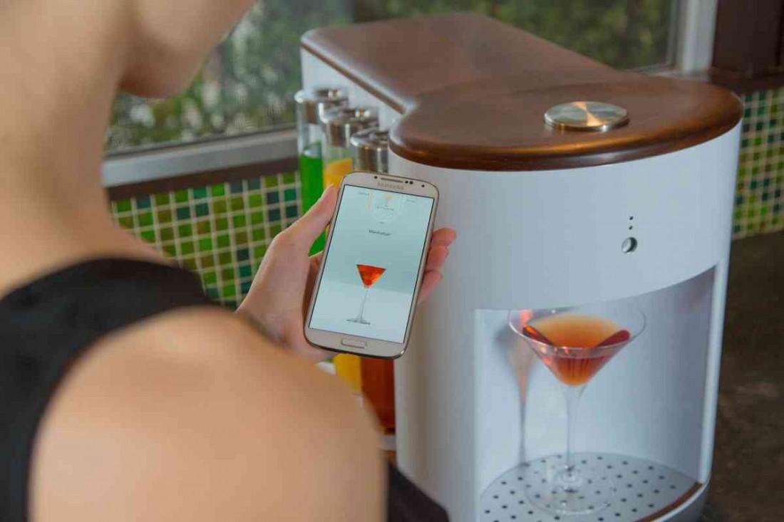 SomaBar — машина, которая умеет готовить коктейли