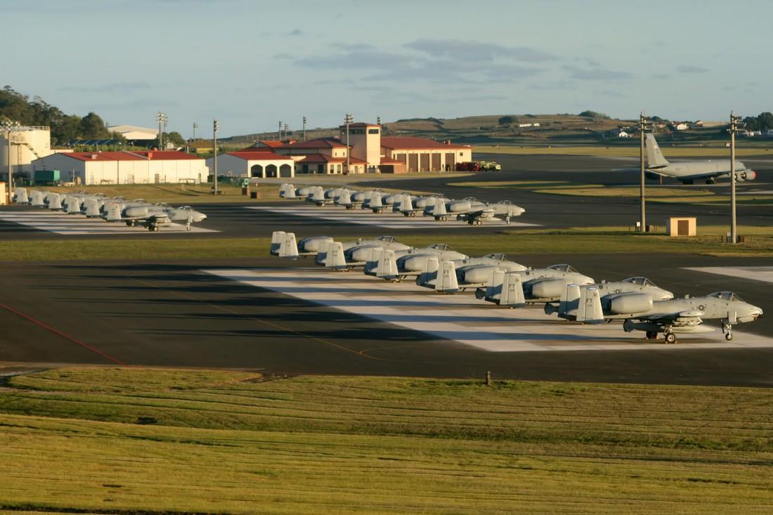 Lajes Field — база для дозаправки старых американских самолетов